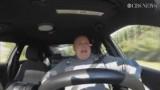 USA. Jeff Davis śpiewał podczas patrolu piosenkę Taylor Swift. Teraz sam jest gwiazdą (wideo)