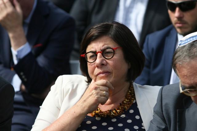 Anna Azari (ur. w 1959 r. w Wilnie), ambasador Izraela w Polsce, na stanowisku jest od 2014 r.