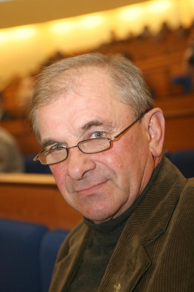 Ryszard Ciźla, prezes Świętokrzyskiej Izby Rolniczej: - Trudno jednoznacznie powiedzieć, że mocne euro bije w rolników.