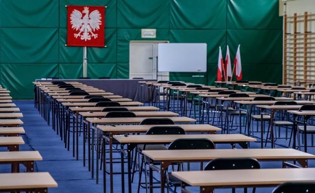 Co z tegorocznym egzaminem dla ósmych klas i maturą?