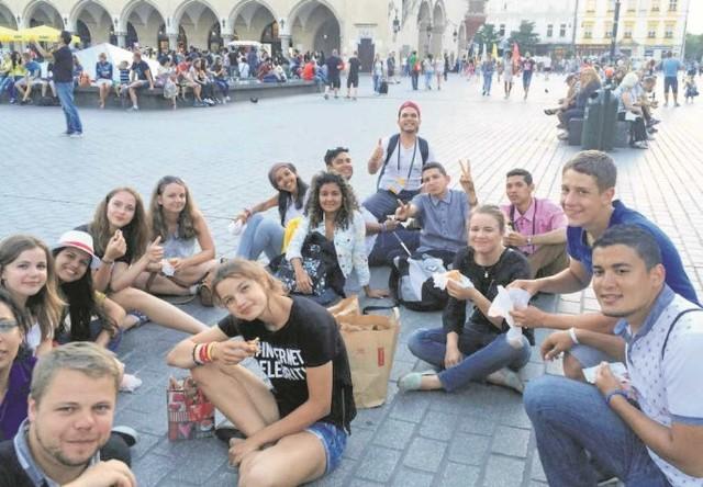 Pielgrzymi z Wenezueli nadal dobrze bawią się w Krakowie