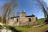 Piękna łemkowska cerkiew w Rozdzielu z zabytkowym ikonostasem i niezywkłą historią. Warto się tam wybrać na wycieczkę [ZDJĘCIA]