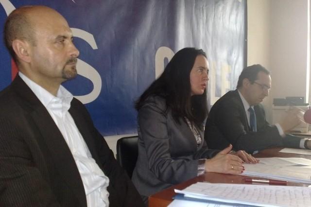 - Doszliśmy do wniosku, że najbardziej sprawiedliwym wskaźnikiem będzie dochód na jednego członka rodziny - mówi Violetta Porowska.