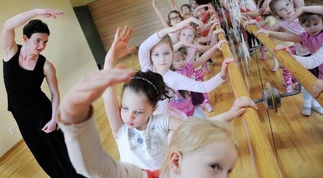 Ognisko proponuje dzieciom i młodzieży wiele różnych zajęć, głównie artystycznych