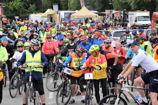 Odbył się drugi z pięciu zaplanowanych na to lato rowerowych rajdów rodzinnych Kujawsko-Pomorskie na Rowery. Tym razem cykliści przemierzali małą pętlę wokół jez. Gopło. Start i metę imprezy zlokalizowano w Kruszwicy