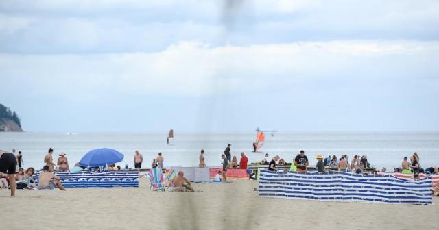 W tym sezonie ceny noclegów nad morzem znacząco wzrosły. Koszt spędzenia jednej doby w nadmorskim hotelu w lipcu i sierpniu utrzymywał się na średnim poziomie 476 zł.