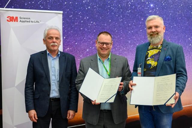 Umowa o współpracy między 3M i WPT podpisana została 11 lutego.
