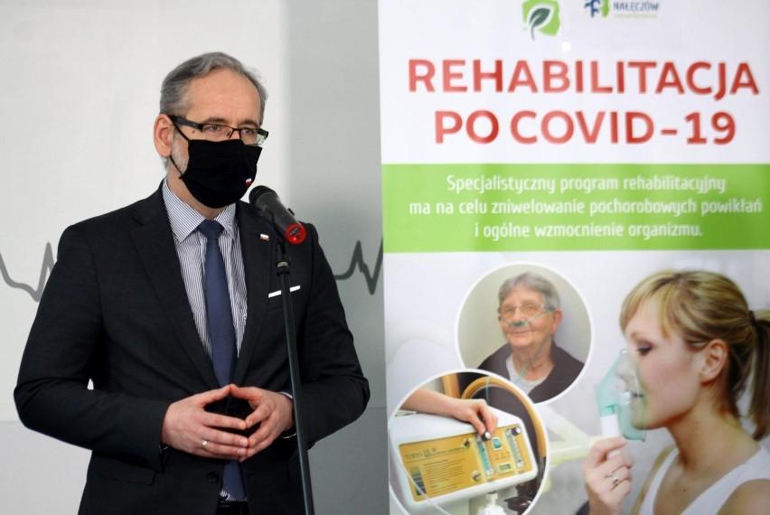 Leczenie pacjentów chorych na COVID-19 zaczyna się na...