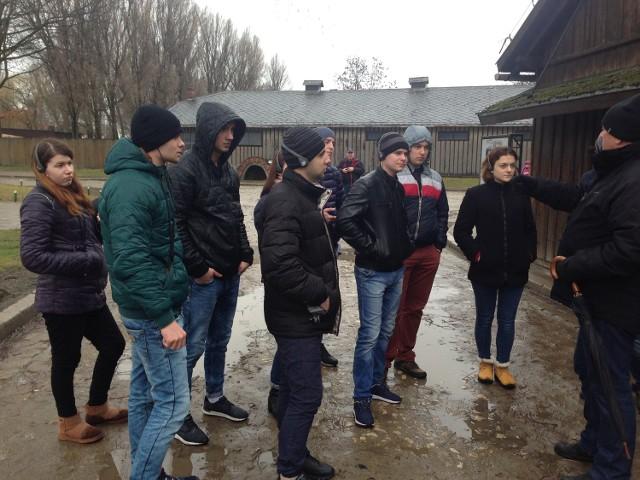 Ogromne wrażenie na studentach z Ukrainy zrobiła wycieczka do Oświęcimia.
