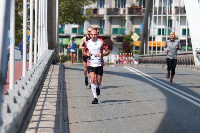 W sobotę do godz, 15.00 przejazd przez Opole był utrudniony. Ze względu na maraton została zamknięta część ulic w centrum miasta.