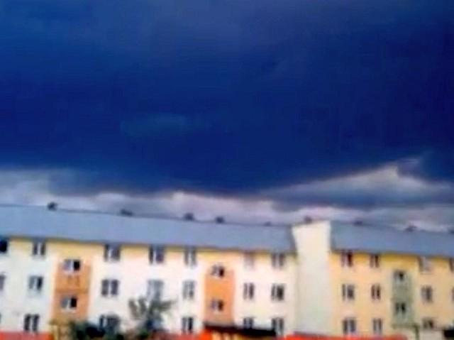 Ciemne chmury nad Białymstokiem
