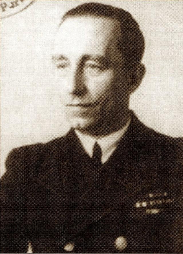 Komandor Jerzy Staniewicz