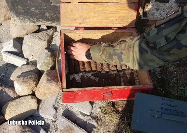 Na placu, gdzie miał być grill, znaleziono niewybuchy.