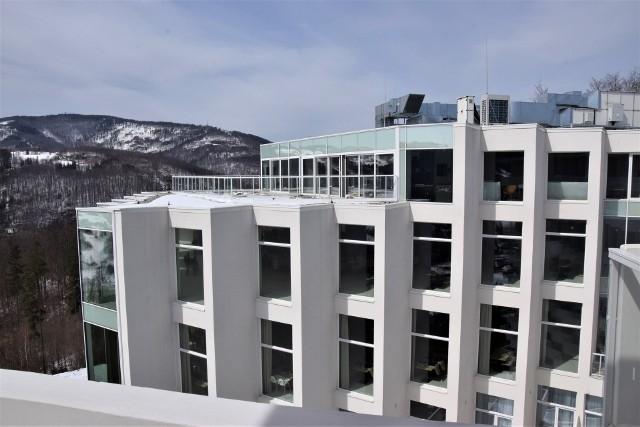Luksusowy Hotel Crystal Mountain w Wiśle, kwiecień 2021 Zobacz kolejne zdjęcia. Przesuwaj zdjęcia w prawo - naciśnij strzałkę lub przycisk NASTĘPNE