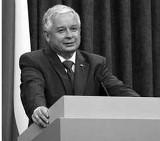 Trwa identyfikacja ofiar katastrofy w Smoleńsku. Ciało prezydenta wraca dziś do Polski