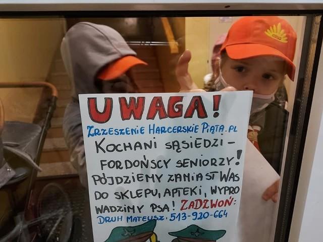 """Trwa akcja """"Wspieramy Fordońskich Seniorów"""" zorganizowana przez Zrzeszenie Harcerskie Piąta.PL."""