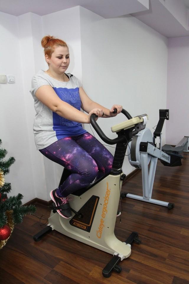 Martyna ZnojekWyniki pomiarów: wydolność 1, gibkość 28 centymetrów, siła prawej ręki 0,43 bara, siła lewej ręki 0,4 bara