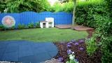 Ogród inspirowany podróżami. Zobacz metamorfozę (WIDEO)