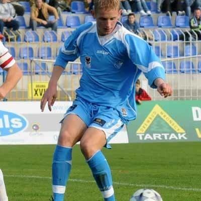23-letni Piotr Ruszkul zagrał w Lublinie tylko 32 minuty, ale zdążył sporo namieszać. Najpierw zobaczył żółtą kartkę, a w doliczonym czasie gry zdobył głową drugiego gola dla GKP.