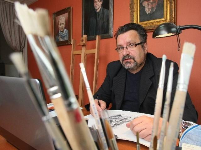 Znany kielecki artysta otwiera... fabrykęSławomir Golemiec pracuje teraz nad ilustracjami do dwóch książek: opowiadań Jadwigi Miklaszewskiej oraz wspomnień o Andrzeju Kaczmarku.