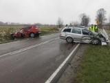 Wypadek drogowy w Makowisku w powiecie jarosławskim. Cztery osoby trafiły do szpitala [ZDJĘCIA]