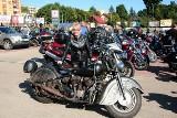 Setki motocykli na zlocie Świętokrzyskich Motórzystów. Wystartowali ze Skarżyska-Kamiennej, pojechali do Bliżyna [ZDJĘCIA]