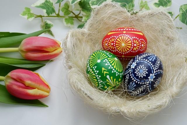 Piękne życzenia Wielkanocne Religijne Tradycyjne Poważne