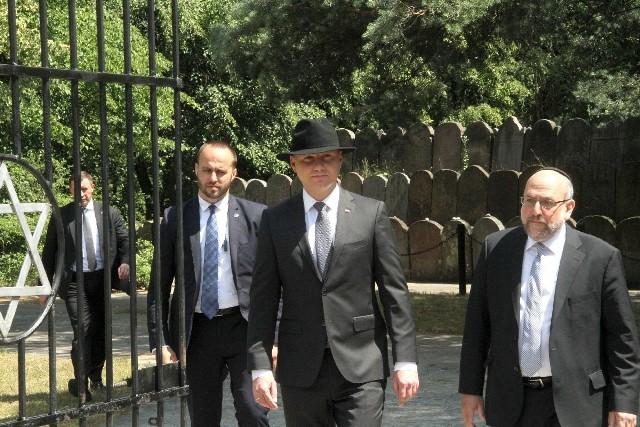 Prezydent Andrzej Duda i naczelny rabin Polski Michael Schudrich.