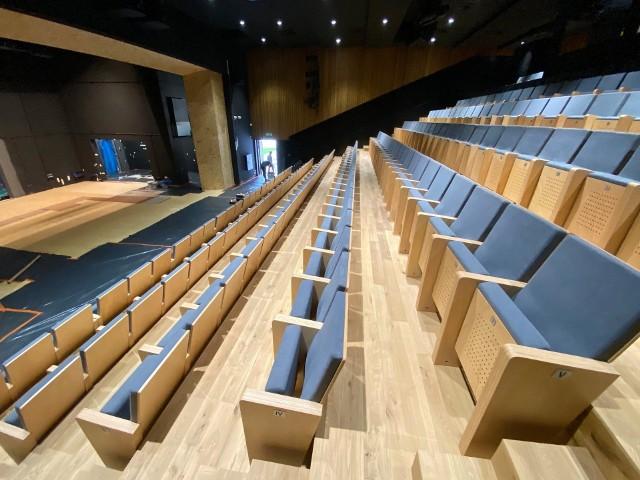 Od wozowni do świątyni sztuki. Zobacz, jak budowano nową siedzibę Nowego Teatru