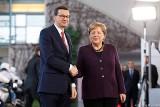 Premier Mateusz Morawiecki spotkał się w Berlinie z kanclerz Niemiec Angelą Merkel