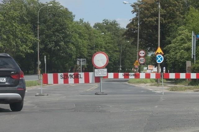 Ul. Inflancka została zamknięta na odcinku od ul. Zagajnikowej do ul. Strykowskiej.