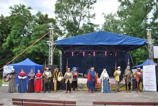 Dwudniowe obchody odzyskania praw miejskich pełne były atrakcji. Jedną z nich była inscenizacja lokalizacji Solca nad Wisłą przez króla Kazimierza Wielkiego.