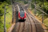 Jaka trasa kolejowa połączy Jastrzębie z Katowicami? Wykonawca proponuje dwa warianty. Mieszkańcy pełni wątpliwości