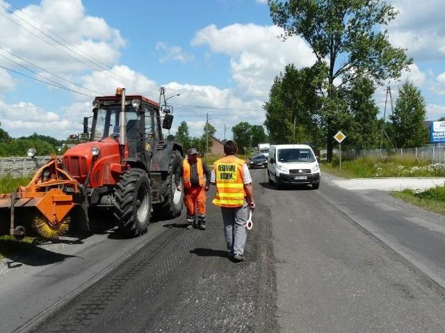 Remont drogi wojewódzkiej 218 za Wejherowem. 23.11 drogowcy zaczynają remont drogi tuż za Wejherowem, w kierunku Szemuda i Koleczkowa. Jedna z głównych dróg Pomorza będzie zamknięta!