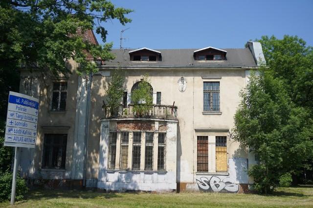 Zabytkowe, należące do miasta  dwie wille rodziny Koenigów od dawna zdobią popularny park Sielanka w rejonie Ronda Lotników Lwowskich w Łodzi