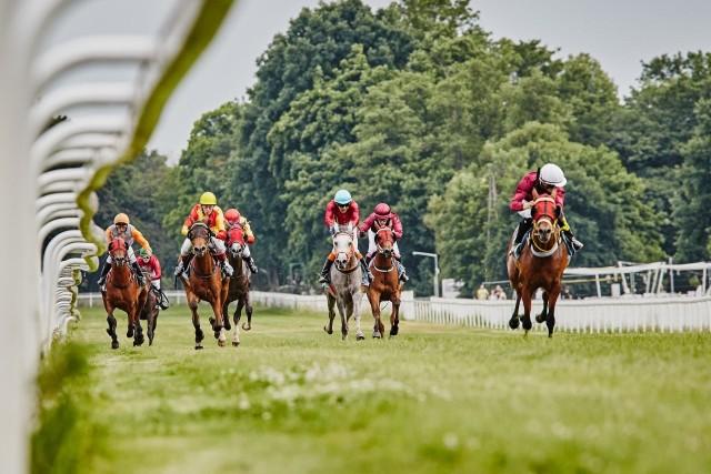 Rusza nowy sezon wyścigów konnych na Partynicach