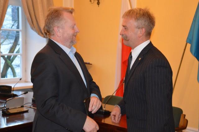 Burmistrz Krzysztof Kaliński (z prawej) i Janusz Michalak