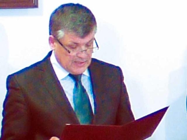 Zamieszanie spowodowane jest tym, że chęć rygorystycznego respektowania regulaminów zwyciężyła nad zdrowym rozsądkiem – mówi Eugeniusz Saczko, przewodniczący hajnowskiej rady miasta