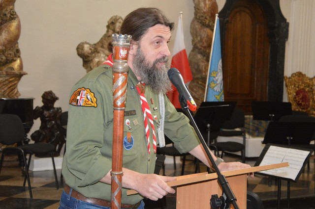 Michał Kordecki zapewnia, że nie nawołuje do nienawiści oraz dyskryminacji, a jedynie wyraża swoje prywatne poglądy