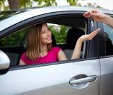 Samochód używany. Na co uważać, gdy auto zmienia właściciela? Jest kilka pułapek