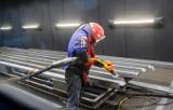 Pracownicy z Ukrainy w Polsce. Zobacz najpopularniejsze dodatki do ich pensji [lista]