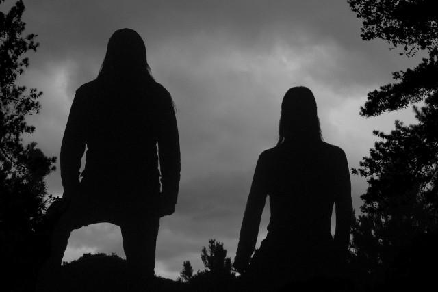Gorgoroth w typowo norweskiej, leśnej scenerii. Czyli tam, gdzie black metal ma się najlepiej