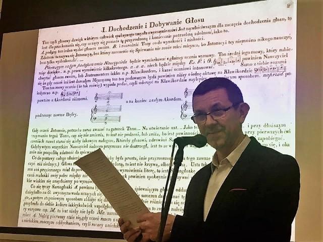 """Prof. Piotr Baron zajmuje się naukowo od dawna twórczością Elsnera. Pracę habilitacyjną poświęcił jego """"Mszy koronacyjnej""""."""