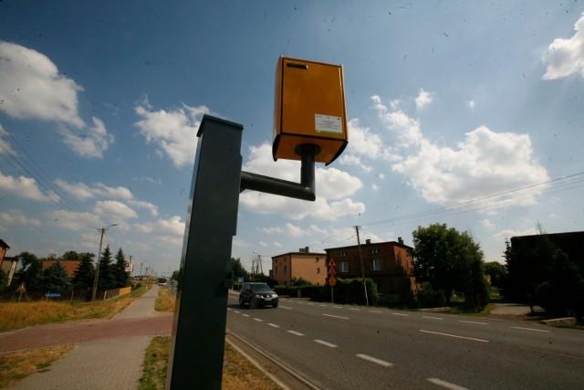 Fotoradary to często maszynki do zarabiania pieniędzy przez gminy.