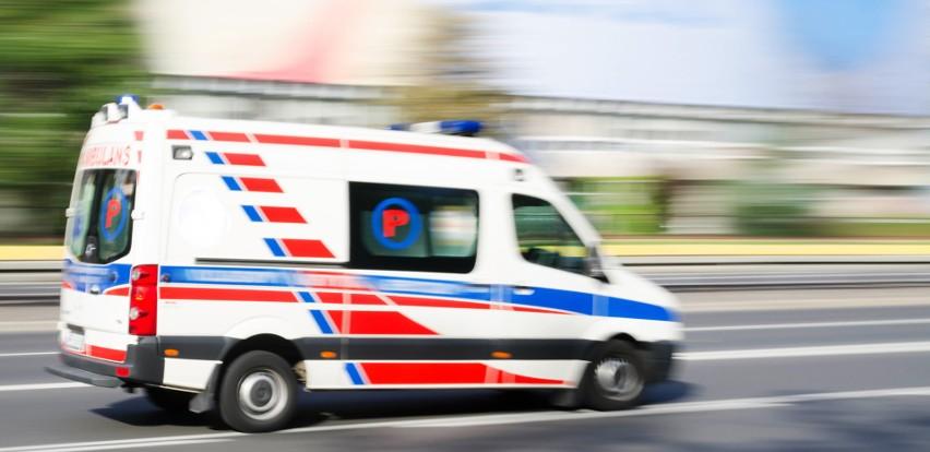 Wypadek w Jastrzębiu: 51-latek uwięziony w aucie