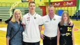 Aleksander Walda i jego żółto-czarna rodzina
