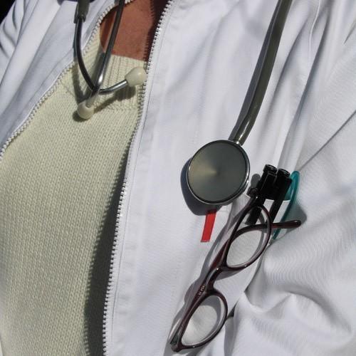 Lekarz ma obowiązek informować chorego, w jaki sposób będzie leczony.