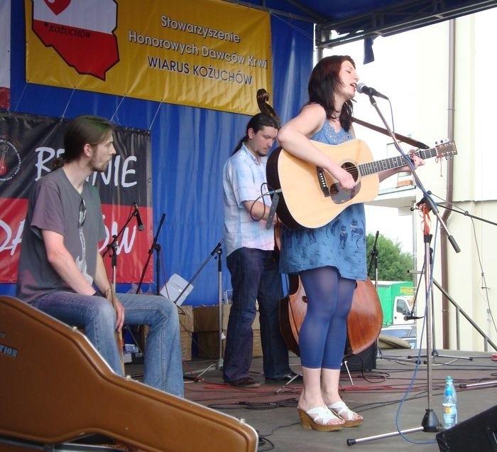 Muzycy z zespołu Joanna Pilarska Band rozgrzali kożuchowską publiczność bluesowym powrotem do źródeł muzyki.