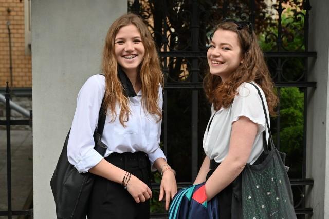 Matura 2021. Czy w związku z ponownym przejściem szkół na zdalność wiosną będzie ustna część egzaminu dojrzałości? Mamy odpowiedź MEN. >>> Czytaj dalej na kolejnym slajdzie >>>