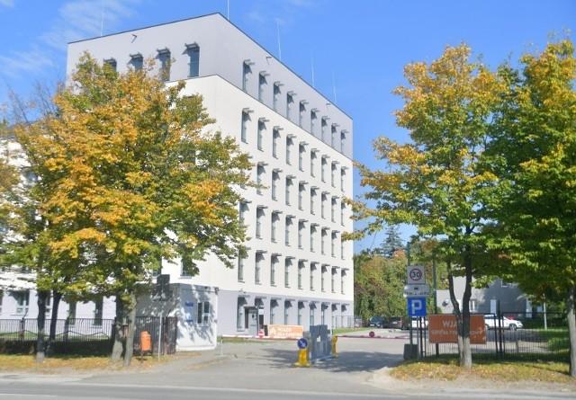 W szpitalu tymczasowym przy ulicy Narutowicza w Radomiu w środę było już około 50 pacjentów z COVID-19.